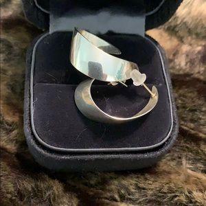 Sterling silver hoop earrings! #301